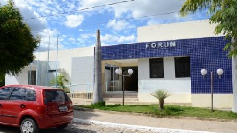 Portaria da Comarca de Uiraúna estabelece critérios para atendimento por meio de e-mail, Skype e telefone