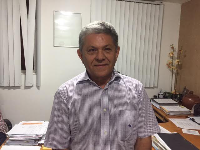 Resenha Politika - Justiça condena prefeito de Pombal à perda do ...