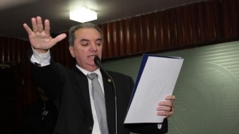 Resenha Politika - Mikika Leitão é exonerado de cargo no Governo da Paraíba